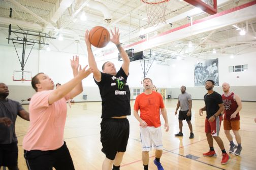 UA students playing basketball at the Rec Center