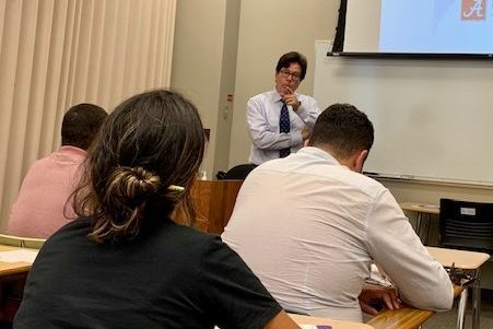 ELI's English+Business Program business lecture